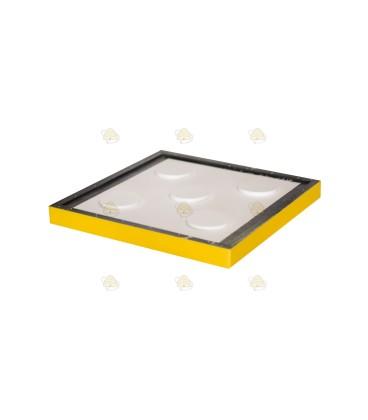 Tussenbodem spaarkast geel gelakt polystyreen